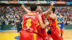 Murcia celebra el triunfo (Foto: ACB Photo/J.Bernal)