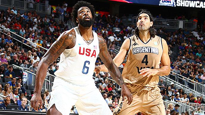 DeAndre Jordan y Luis Scola (Foto: USA Basketball)