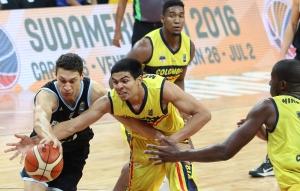Javier Saiz y Yildon Mendoza (Foto: FIBA)
