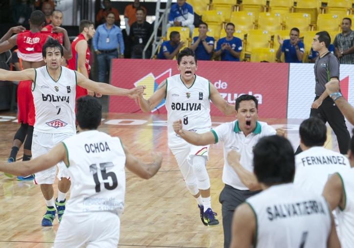 Christian Camargo y Paolo Ramos (Foto: FIBA)