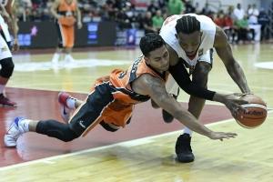 Joel Múñoz y Zach Graham (Foto: FIBA)