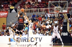 Danny Vassallo y Lucio Redivo (Foto: FIBA)