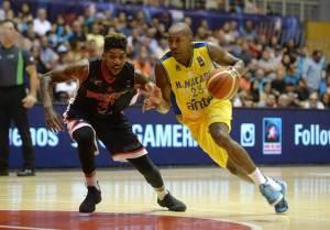 Carlos Emory y Michael Hicks (Foto: FIBA)