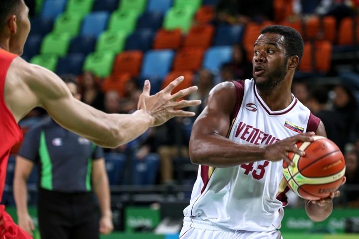 Nestor Colmenares FIBA